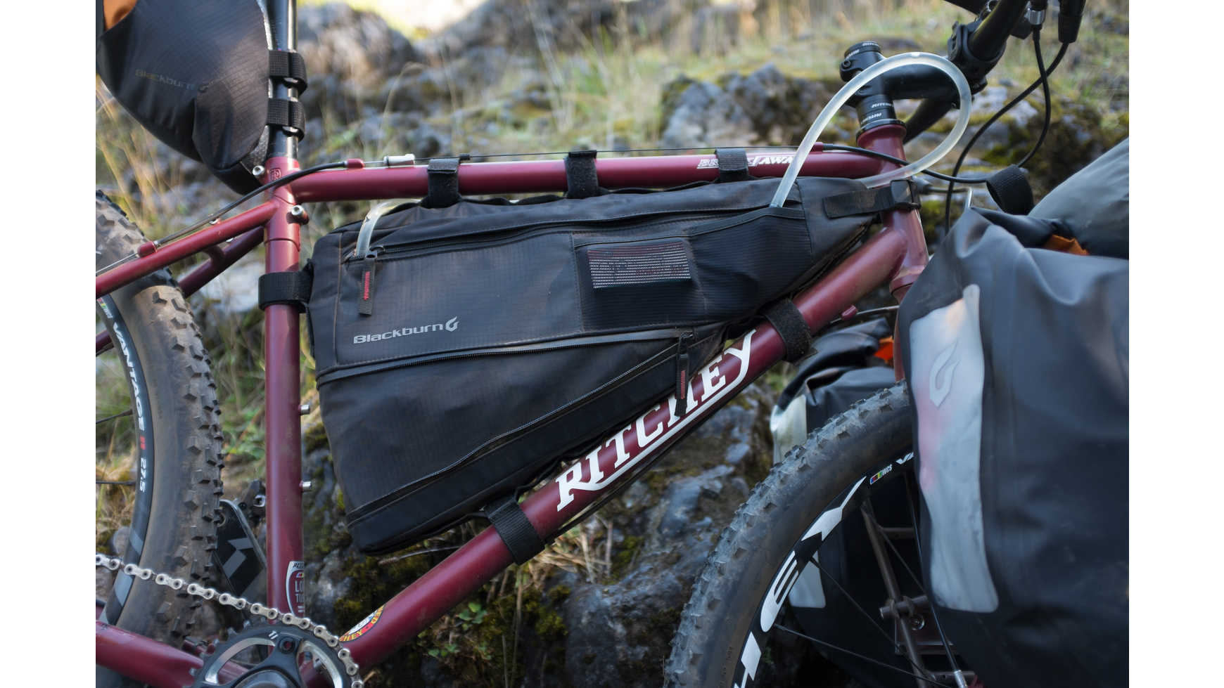 Sacoche De Cadre Bikepacking Blackburn Design Outpost